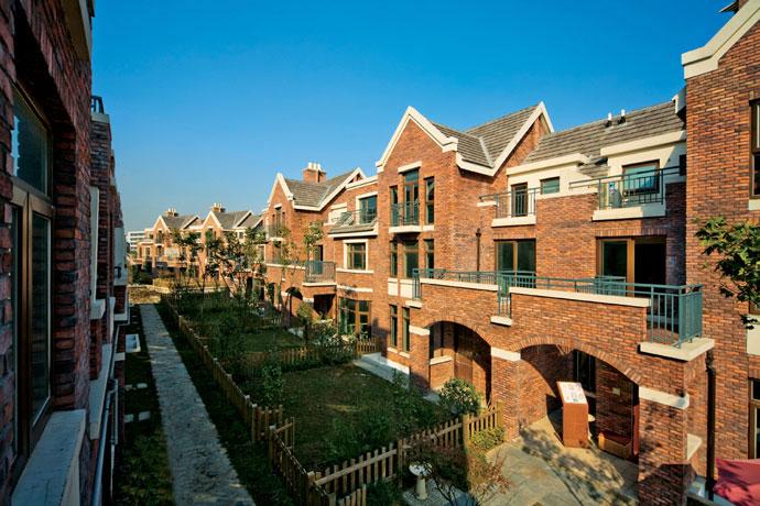 英伦风格别墅的卖点有哪些?建筑上有什么特色,相对于其他风格的别墅有什么优势?